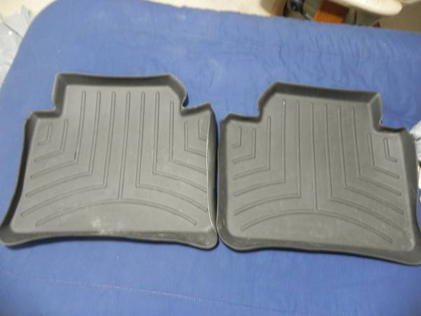 Photo bmw rear floor mats rubber all weather f30 320 328 335 330 340 m3 - $25 (south orlando south kissimmee)