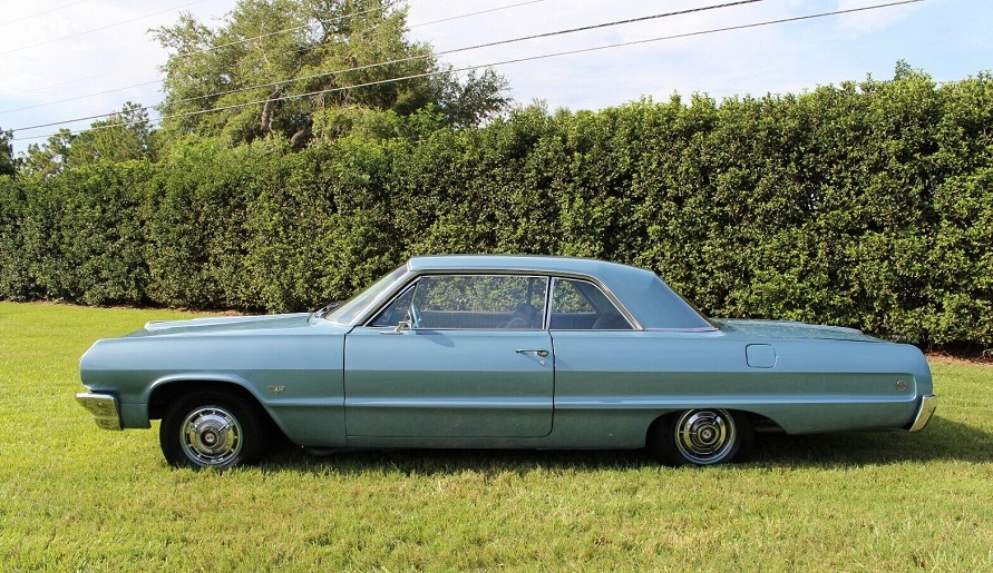Photo Classic 1964 Chevrolet Impala SS 4 Speed Super Sport Coupe