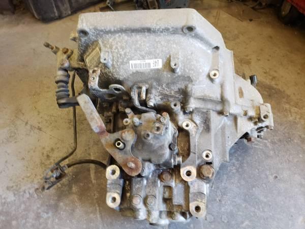 Photo 08 Honda Civic 5speed Manual Transmission - $500 (Brighton)
