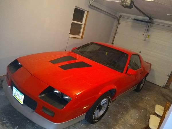 Photo 1985 Camaro Z28 - $12,000 (Ottumwa)