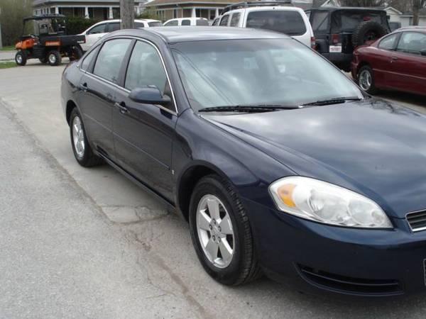 Photo 2008 Chevy Impala - $2500 (Ottumwa)