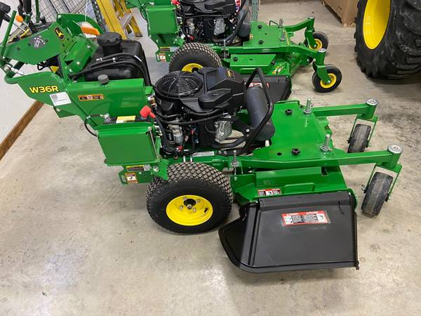 Photo 2019 John Deere W36R walk behind mower 51 hrs hydro - $5,200 (Newton)