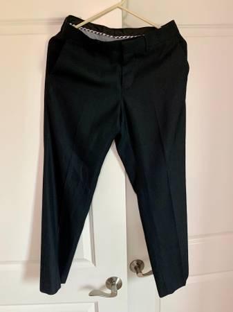 Photo Apt 9 Men39s black and blue dress pants 29x30 slim fit - $5 (West Des Moines)