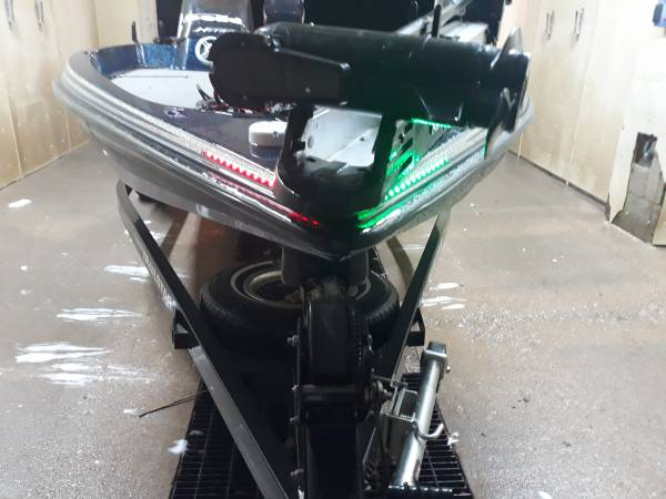Photo Nitro bass boat - $10,500 (Barnes city)