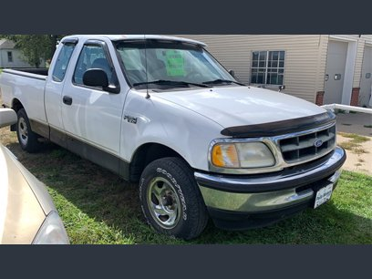 Photo Used 1997 Ford F150 XLT for sale