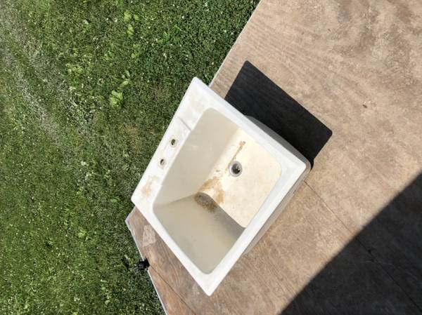 Photo Utility sink (Mt. Pleasant)