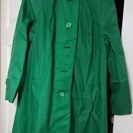 Photo Vintage Alligator brand Packable Waterproof Rain Coat Emerald Green - $20 (Johnston)