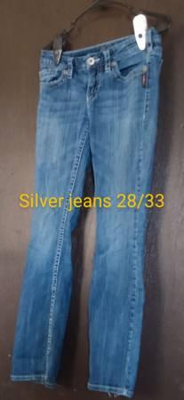 Photo Women39s silver jeans size 2833 - $15 (Centerville)