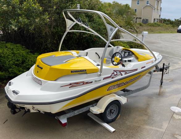Photo 2003 Sea Doo Jet Boat - $12,500 (Emerald Isle NC)