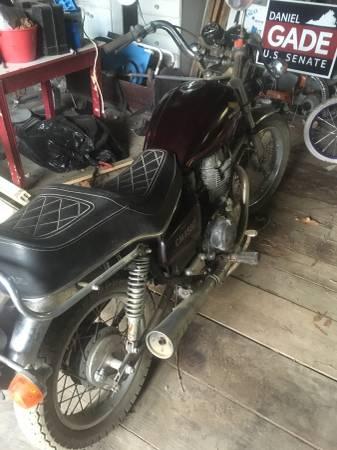 Photo 84 Honda CM450 - $600 (Gloucester)