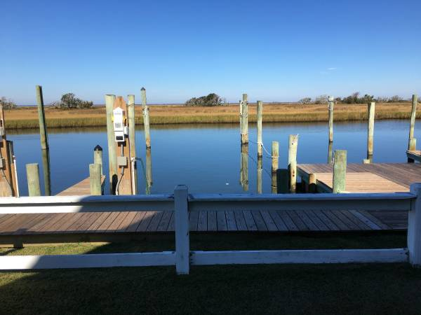 Photo BOAT SLIP FOR SALE - $59500 (HATTERAS)