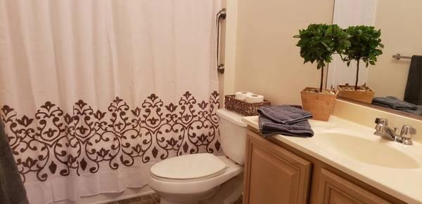 Photo Generous Kitchen Cabinet Space, Beauty Salon, Breathtaking Courtyards (1056 Centerbrooke Lane, Suffolk, VA)