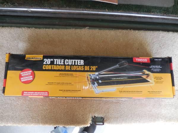 Photo Tile Cutter 20 inch - $20 (Manteo)