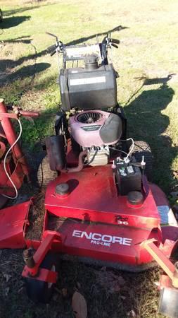 Photo commercial mower - $500 (powells point)
