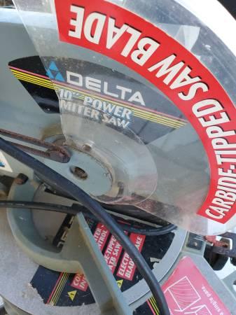 Photo delta 10quot power miter saw. - $50 (MANTEO)