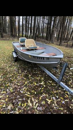 12 foot flat bottom aluminum Jon boat - $500 (Chrisney, Indiana