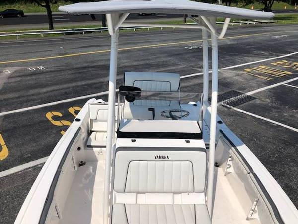 Photo 2018 carolina skiff 238 DLV - $23,000 (Berea KY)