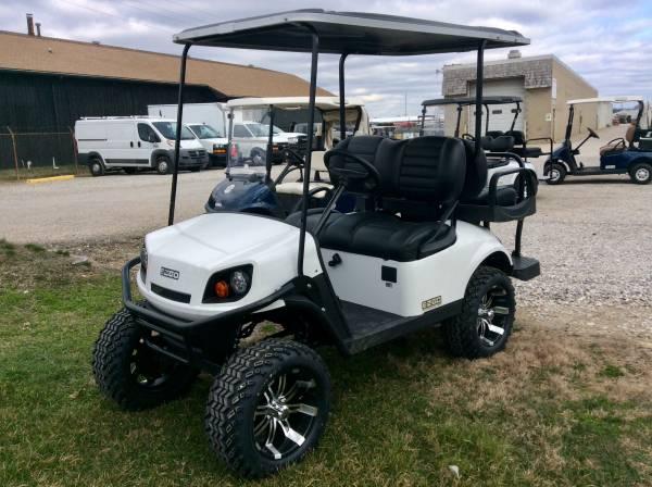 Photo 2020 E-Z-GO Express S4 EFI GAS Custom 4 passenger Golf Cart - $9499 (AACO EVANSVILLE)