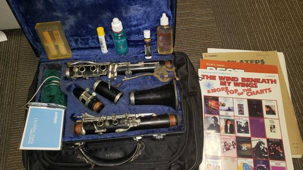 Photo Buffet Cron E-11 Wooden Clarinet, New Pads, Tons of Extras - $599