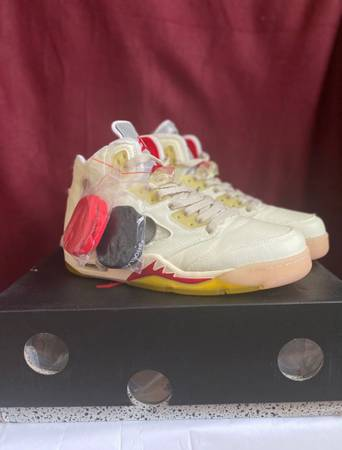 Photo Off white Jordan 5s - $600 (Louisville)
