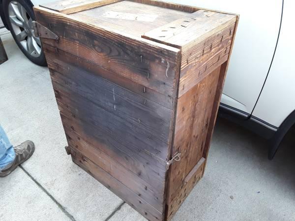 Photo Primitive Cupboard - $85 (Bardstown,Ky)