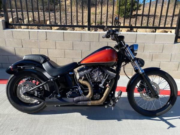 Photo 2011 Harley Davidson FXS Blackline - $9,000 (Santa Clarita)