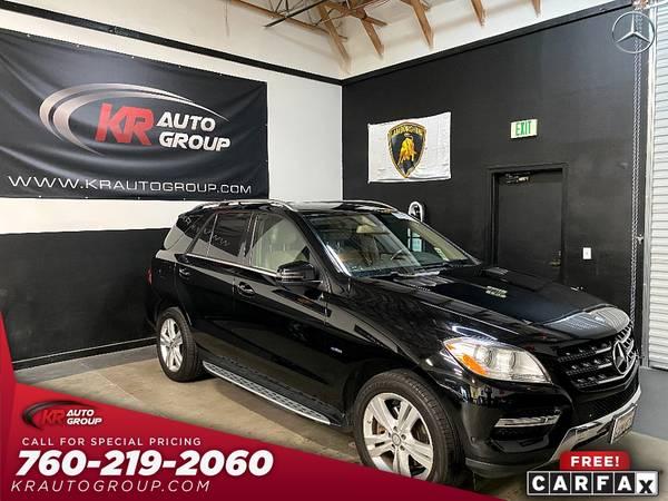 Photo 2012 MERCEDES ML350ALL WHEEL DRIVESUPER CLEAN CAR. - $17,950 (Palm Desert)