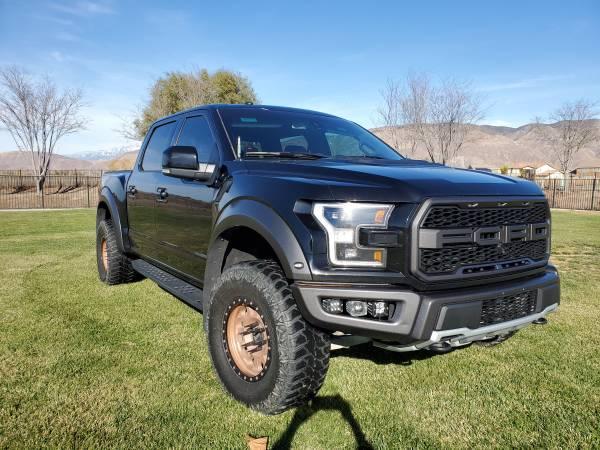 Photo 2017 Ford Raptor loaded leveled 35s methods obo - $60,000 (San jacinto)