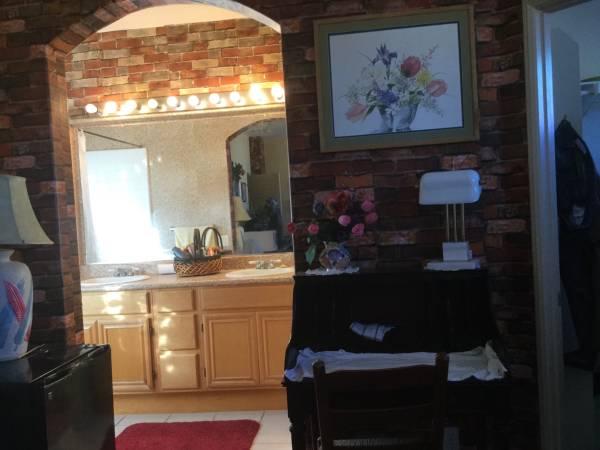 Photo Avail 0801Master suiteW MasterBath,WalkinclosetWUtls (scripps ranch,poway,mira mesa,PQ, RB, San Diego)