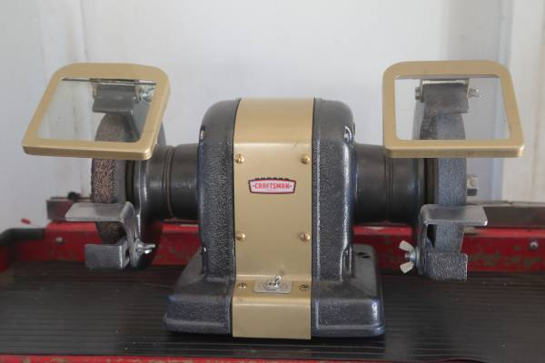 Photo Craftsman bench grinder - $150 (Morongo Valley)