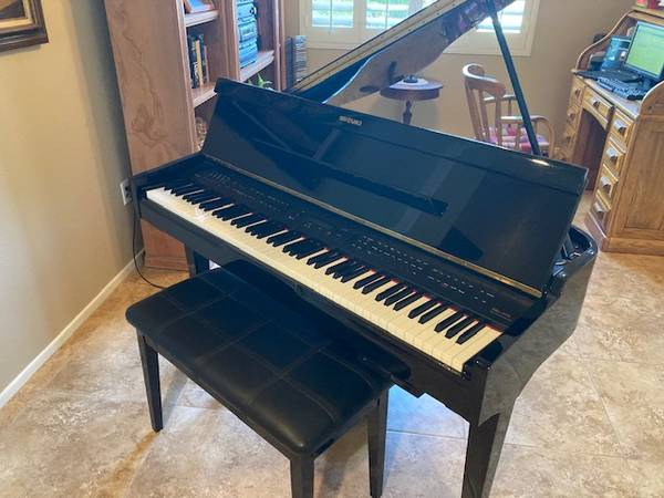 Photo Digital mini grand piano for sale - $600 (Palm Desert)