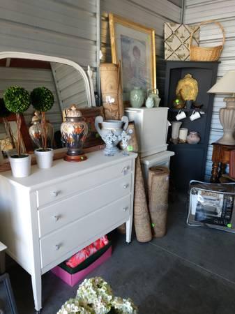 Photo Estate Sale (Rancho Bernardo)