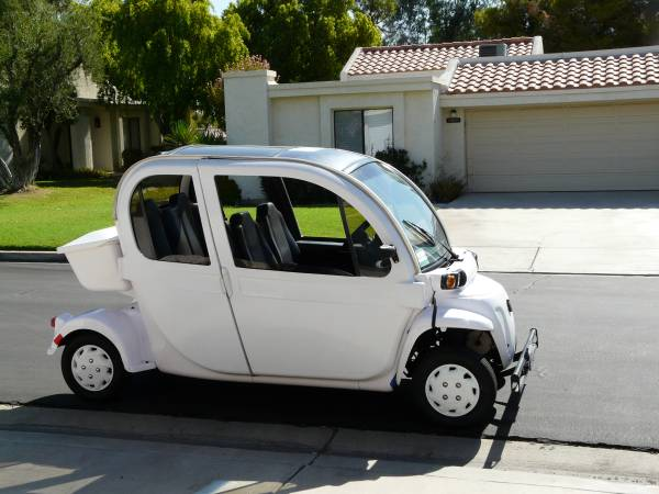 Photo Gem Electric Car Tow Vehicle - $7,500 (Cathedral City)