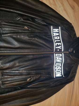 Photo Harley Davidson Road Warrior Leather Jacket brand new - $350 (Cathedral City)