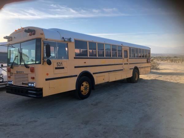Photo International Genesis school bus DT466 diesel - $5500 (Desert hot springs)