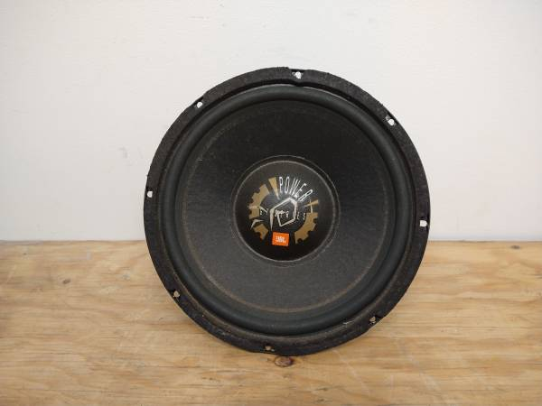 Photo JBL GT 102 10 INCH SPEAKERS GRAND TOURING AUTOMOTIVE SUBWOOFER - $75 (Bloomington)