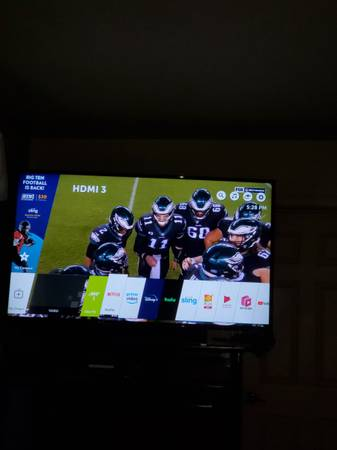 Photo LG 65quot Class 4K UHD 2160P Smart TVSony BRVZsound barbluray movies - $700 (Cathedral City)