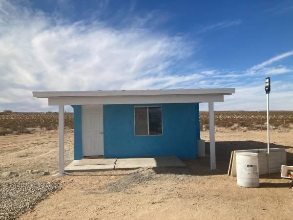Photo Little Blue Cabin (Desert Heights)