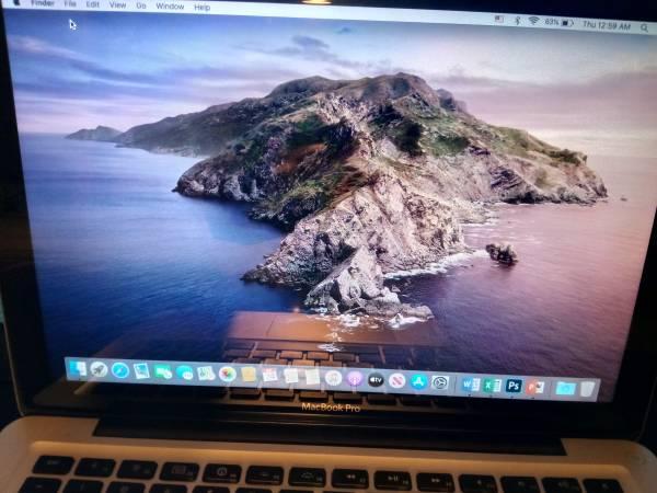 Photo MacBook 2009,macOS Catalina $250.00 - $250 (Highland)