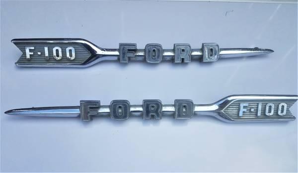 Photo Original Chrome Trim emblems for 19550-1960 Ford Pickup F 100 - $150 (Thousand palms)