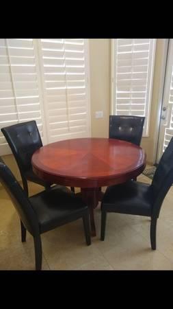 Photo Poker  Dining table - $275 (Rancho Mirage)
