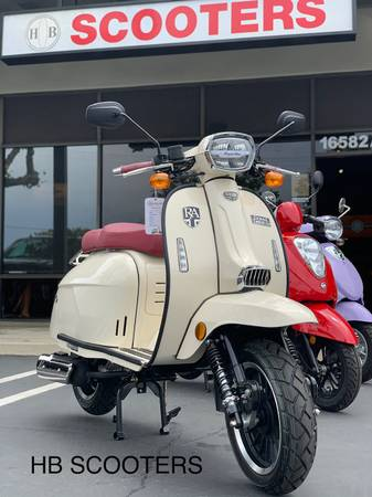 Photo Quality 2021 Gas Scooters, financing, trade ins, service, and more ( HB SCOOTERS)