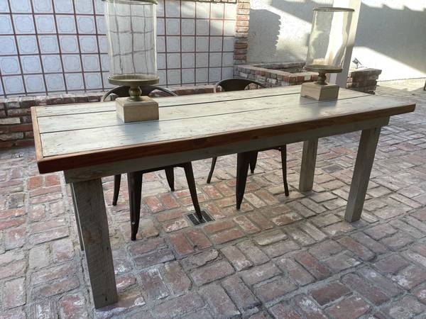 Photo Rustic farm style dining table - $200 (Indian Wells)