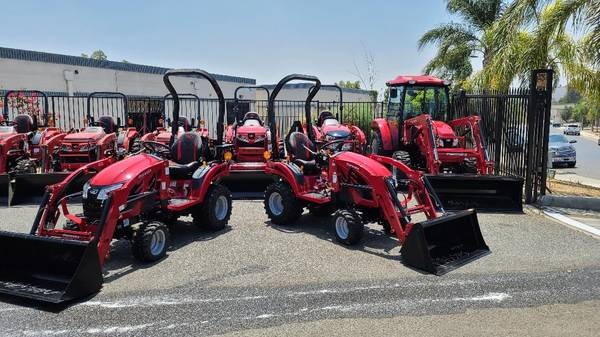 Photo TRACTOR MAHINDRA EMAX20 TRACTORS 0 FOR 72 MONTHS (RIVERSIDE)