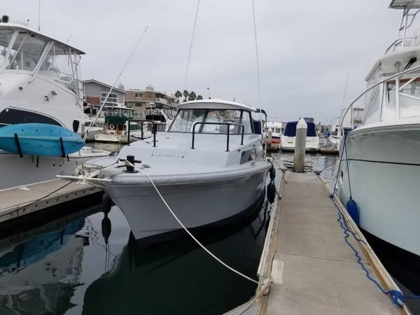 Photo Uniflite 2839 Salty Dog Diesel Dive Boat - $28,000 (Huntington Beach)
