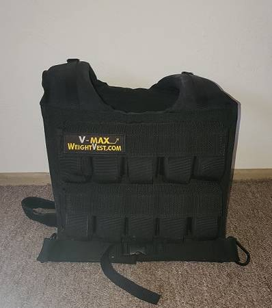 Photo V Max Weighted vest - $100 (Yucca Valley)