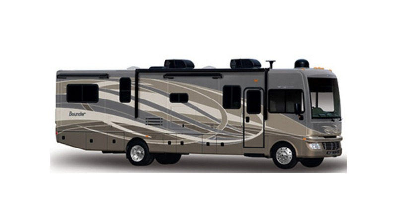 Photo Used 2015 Fleetwood Class A RV  $109000