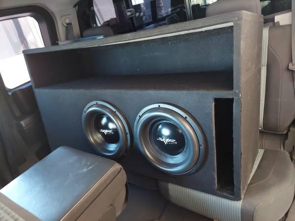 Photo skar Audio Evl subs with box - $500 (Blythe)
