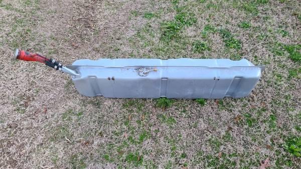 Photo 1959 Chevy Apache Gas Tank - $150 (Marianna)