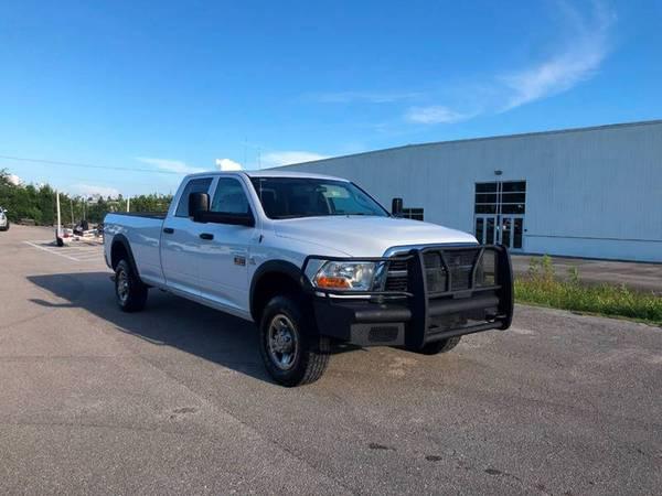Photo 2012 DODGE Ram Truck 3500 Crew Cab - $16990 (Sarasota, FL 941-408-4199)